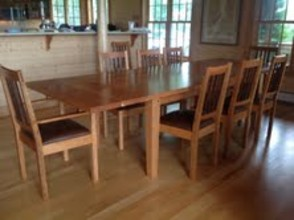 Farmhouse End-Leaf Table and Chalford Chairs