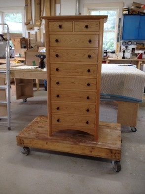 Sapperton Chest of Drawers