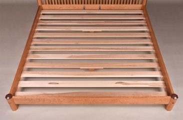 King size bed detail showing slats and support system.